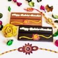 happy-raksha-bandhan-chocolate-bars.jpg