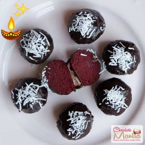 red-velvet-white-chocolate-truffles-diwali-gifts.jpg